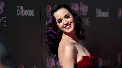 Katy Perry performs first time post split with John Mayer
