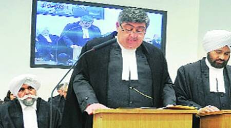 Chief Justice meets top cops after 'lawyers' lay siege to hishouse