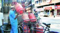 Non-subsidised LPG rate cut by Rs 23.50 per cylinder