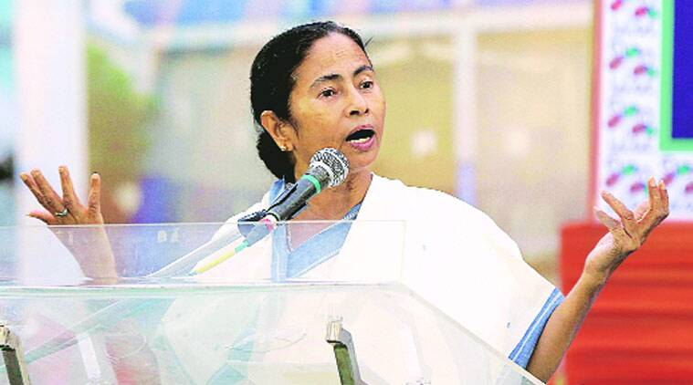 Mamata Banerjee, West Bengal CM, Didi, Kolkata Business seminar, mamata at business seminar, business seminar in Kolkata, Business Made Easy: The Next Level, west bengal  business, kolkata news, west bengal news, bengal news, india news, indian express