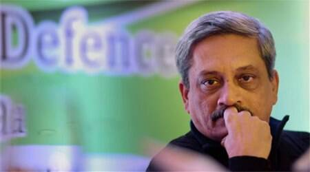 Manohar Parrikar arrives in J-K to review security situation