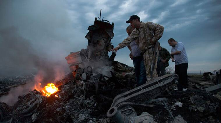 Malaysia Airlines flight MH17, MH17 crash video, pro-Russian rebels, shocking video, MH17 crash, Ukraine MH17, MH17 victims, MH17 victim list, international news, news
