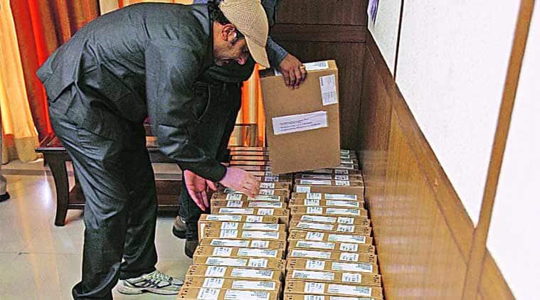 Akhilesh, Samajwadi Party, Akhilesh Yadav, Government of Uttar Pradesh, Laptop, CBSE, ICSE, National news, news