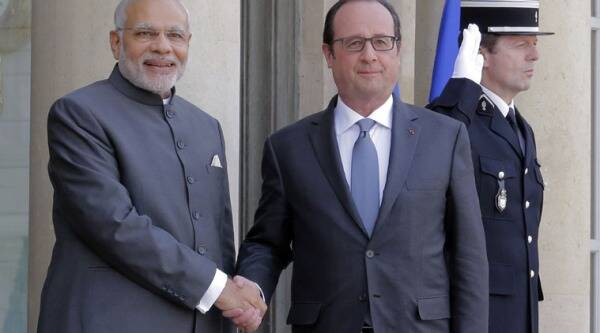 Modi, Hollande, Modi Hollande, Modi in France, Narendra Modi, Modi France, Modi Europe Tour, Modi Euro tour, Narendra Modi France, Modi News, Hollande Modi, Modi hollande, France PM, India PM, India News, World News