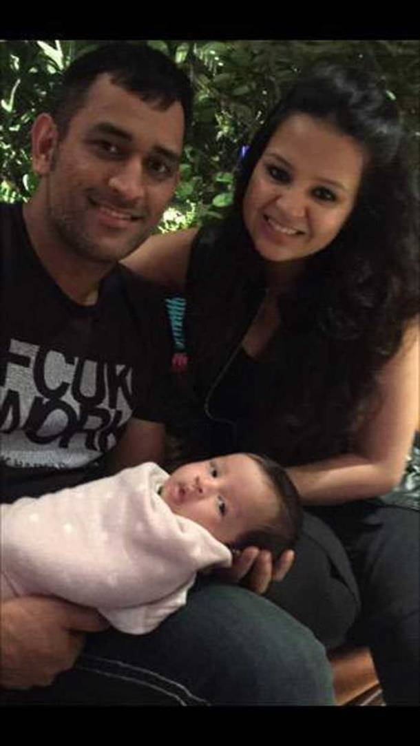 IPL 8, Dhoni Ziva, Chennai Super Kings MS Dhoni, MS Dhoni, Ziva, Sakshi Dhoni, Dhoni Ziva, Dhoni daughter, MS Dhoni daughter Ziva, MS Dhoni India, Ziva photos, Dhoni daughter Ziva photos, Cricket Photos, Sakshi Dhoni, sakshi Dhoni photos, Sports Photos, Ziva Dhoni