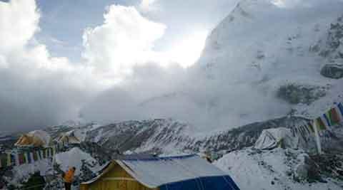 nepal-avalanche-480