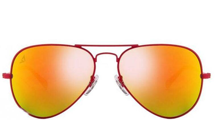 You may have a great night's sleep if you put on orange glasses some hours before going to bed