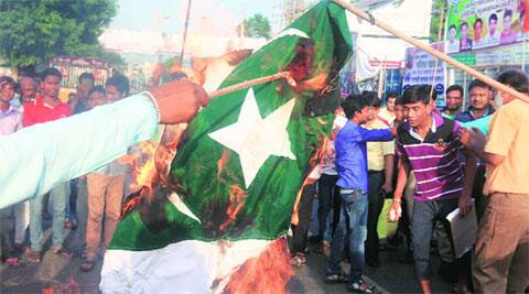 pakistan-flag-m