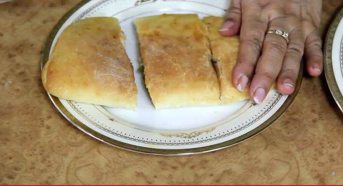 Express recipe how to make pizza packets the indian express a homemaker in noida and passionate about cooking nisha madhulika at 54 started httpnishamadhulika in 2007 she started her youtube channel in forumfinder Choice Image