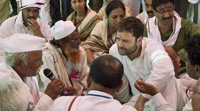 Rahul reaches out to Vidarbha farmers, says Centre doing little to help them