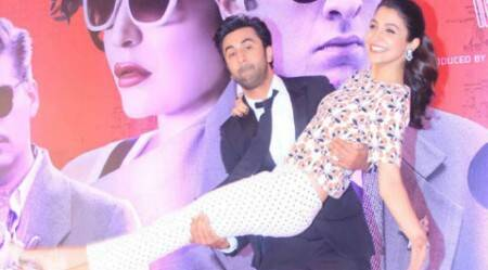Ranbir Kapoor sweeps Anushka Sharma off her feet