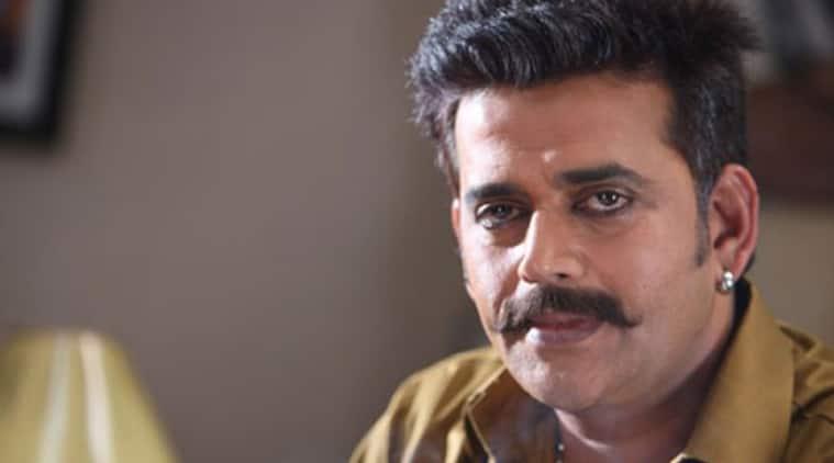 Ravi Kishan, Bombairiya