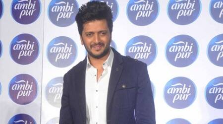 Riteish Deshmukh, riteish deshmukh cameo, riteish deshmukh special appearance, riteish another cameo, actor riteish deshmukh, riteish dehmukh movies, riteish deshmukh ek villian, riteish deshmukh lai bhaari, riteish deshmukh bangistan, riteish deshmukh pictures, riteish deshmukh photographs, riteish deshmukh guest appearance, bollywood news, entertainment news