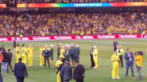 Watch: When Glenn Maxwell left an interview to hug Sachin Tendulkar