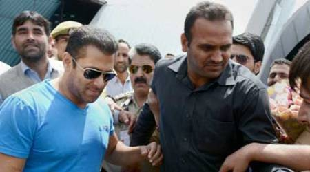 Salman Khan's 'Bajrangi Bhaijaan' shoot delayed due to bad weather in Kashmir