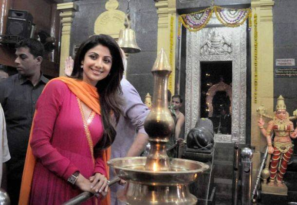 Stylistas Kangana Ranaut, Arpita Khan step out