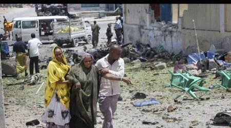 Police: 6 dead in bomb attack on UN bus in Somalia