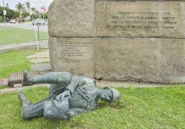South Africa, statue vandalized, south africa statue vandalized, vandalized statues south africa, south africa vandalized statues, WOrld News