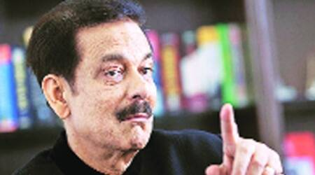 Delhi HC stays warrant for Sahara chief's appearance in I-T case