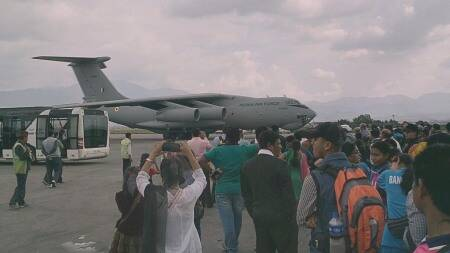 IAF brings back Nepal earthquake survivors to India