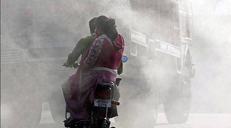 death by breath, delhi air pollution, delhi toxic air, air pollution, trucks in delhi