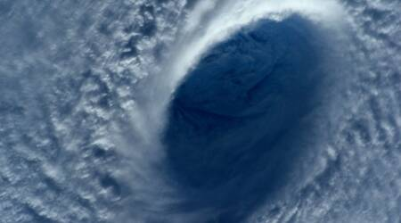 Super typhoon weakens after entering Philippines