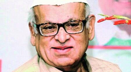 Former governor Aziz Qureshi denied room at UP Sadan guest house
