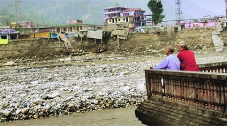 http://images.indianexpress.com/2015/04/uttarkashi-flash-floods.jpg