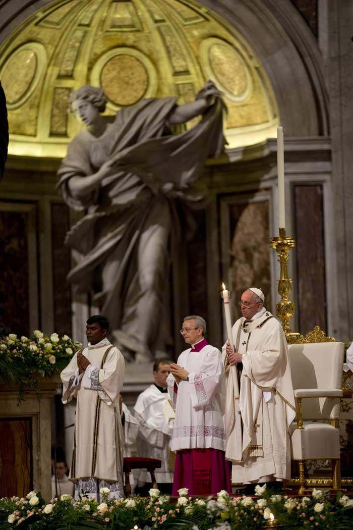Easter, Happy Easter, Easter Mass, Pope Francis, Vatican Easter, Easter vigil mass, Easter celebration, Easter Jerusalem, Jerusalem Easter, Easter wishes, Easter greetings, Easter photos, world news, world photos