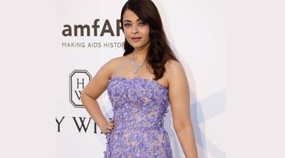 PHOTOS - Cannes 2015: Aishwarya Rai Bachchan is a dream in lavender for amfAR