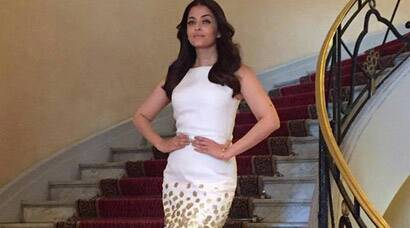 Cannes 2015: Aishwarya Rai Bachchan stuns in white and gold fishtail gown