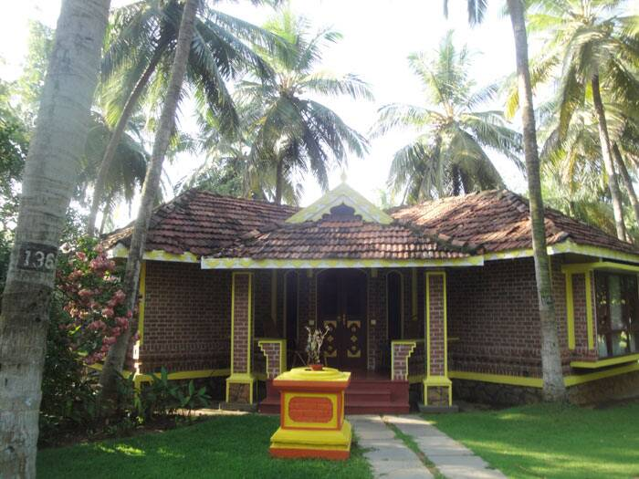 another-cottage-at-Kairali