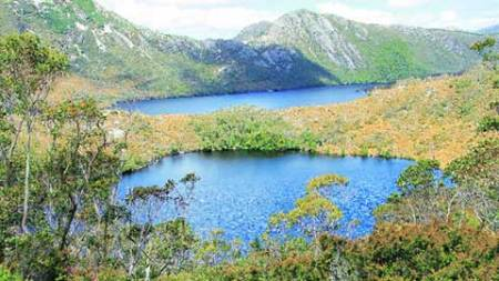 The Dove Lake resembles a giant bean-shaped slab of lapis lazuli
