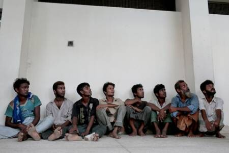 Fleeing poverty, Bangladeshis caught in Asian boat crisis