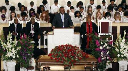 BB King laid to rest following funeral mass in Mississippi