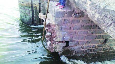 Blast on barrage on Neera river, cops suspect sand mafia