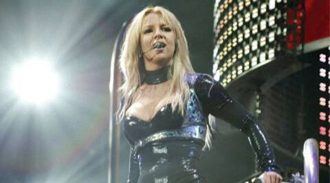 Britney Spears, Britney Spears Tumble, Britney Spears Onstage Fall, Britney Spears Piece of me, Britney Spears concert, Britney Spears songs, Britney Spears injured, Britney Spears hurt, Hollywood, Entertainment news