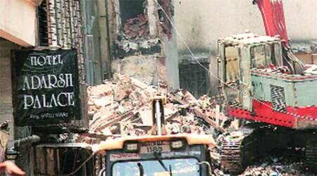 Mumbai building fire: NDRF pitches in with fire brigade