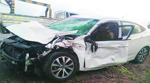 accident, road accident, E-way accident, mumbai news, city news, local news, maharashtra news, Indian Express