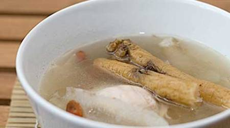 Chinese herbal soup curbs fatigue in cancer patients