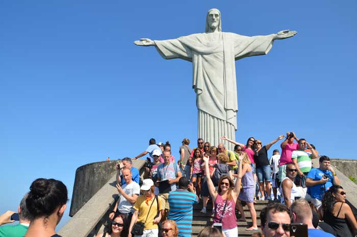 Statue of Christ the Redeemer (Source: Sandip Hor)