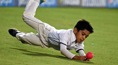 Dravid's son enjoys practice with Smith