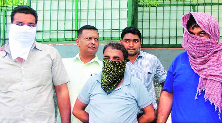 drug racket, delhi drug racket, delhi fake drug racket, delhi police, crime branch, drug racket busted, delhi drug racket busted, india news, indian express, indian express news
