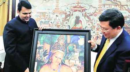 CM Fadnavis explores Qingdao model for coastal zone infrastructure
