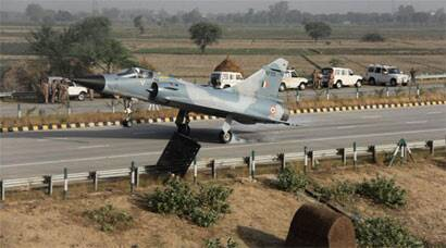 First pictures: Mirage 2000 Fighter jet lands on Yamuna Expressway