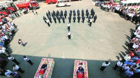 Mumbai Fire Brigade: Colleagues bid adieu to Sanjay Rane and Mahendra Desai