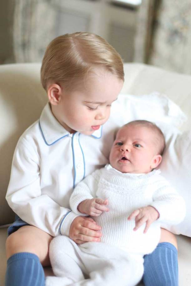 Princess Charlotte, Princess Charlotte first pictures, Princess Charlotte pictures, Princess Charlotte prince george, Prince William, Kate Middleton, Prince George, Prince William pics, Kate Middleton pics, Princess Charlotte pics, Prince George pics