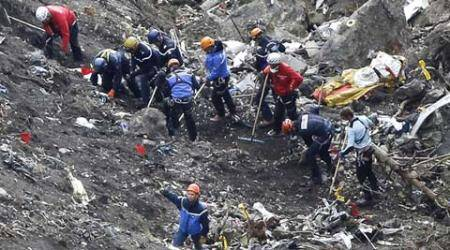 Report: Germanwings crash co-pilot tried descent previously