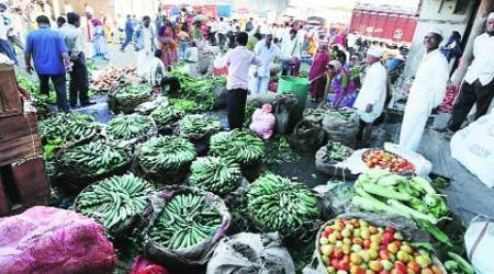E-commerce bears fruit, local traders feel heat