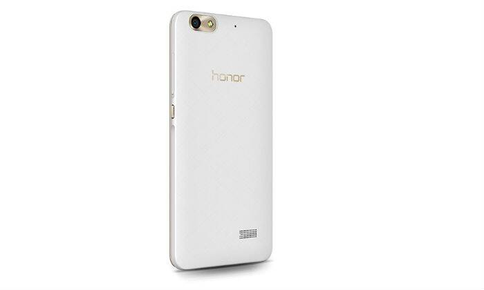 Honor 4c review,  Huawei Honor 4C, Huawei Honor 4c review, Huawei Honor 4c price, Huawei Honor 4c specs, Huawei Honor 4c features, Huawei Honor 4c price, Huawei Honor 4c flipkart, Huawei Honor 4c camera, Camera features, Huawei Honor 4c all key specs, Huawei Honor 4c review, mobile reviews, smartphones under Rs 10,000, Android under Rs 10k, Smartphones, Mobiles, Technology, Technology news